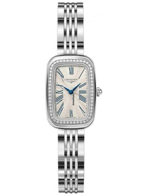 The tiny-sized timepieces have beautiful and elegant appearances, appealing to lots of ladies.
